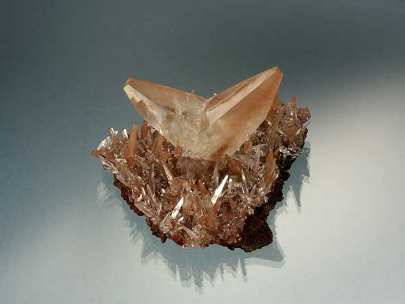 Twin Calcite from China photo image