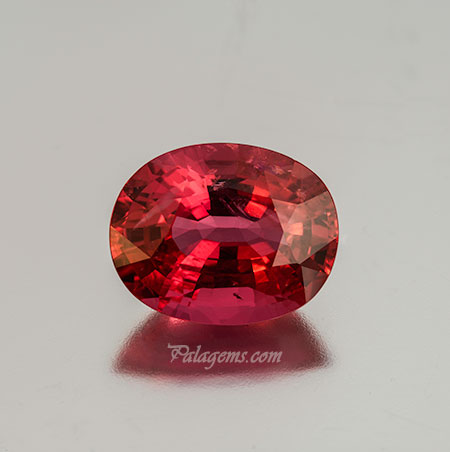 Spinel photo image