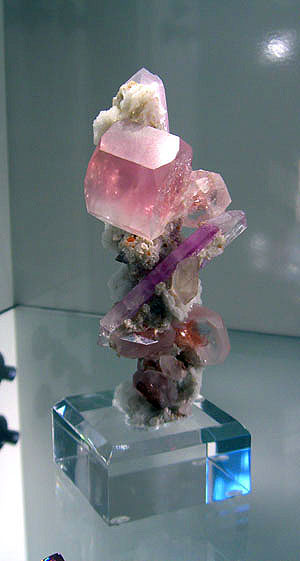 Morganite and Kunzite photo image